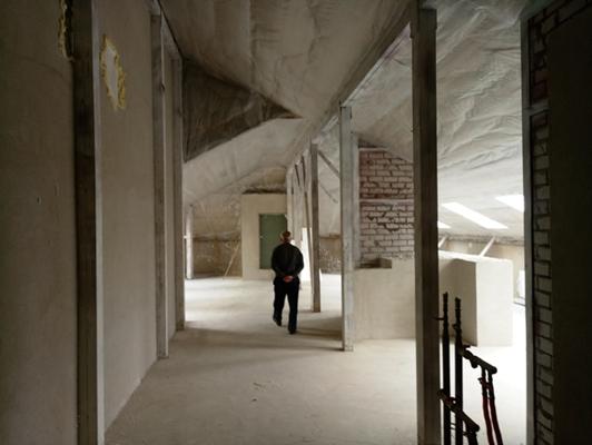 Нежитлове приміщення, загальною площею 123,8 кв.м, яке розташоване за адресою м. Київ, вул. Харченка Євгенія, будинок 47-Б, приміщення 142