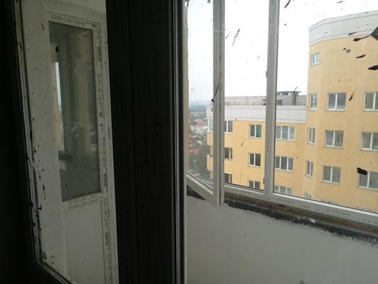 2-х кімнатна квартира загальною площею 83,4 кв.м, яка розташована за адресою: м.Київ, вулиця Харченка Євгенія, будинок 47-Б, квартира №104
