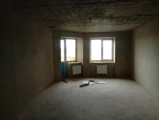 Квартира № 27 загальною площею 115,10 кв.м., житловою площею 60,0 кв.м., що розташована за адресою м. Київ, вулиця Харченка Євгенія, будинок 47-Б. Основні засоби у кількості 189 одиниць.